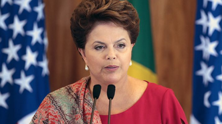 В бразилския Сенат разпитваха 14 часа Дилма Русеф   за финансови нарушения