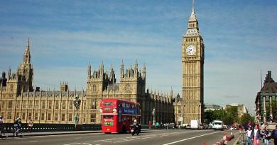 Безработицата във Великобритания достигна  42-годишно дъно