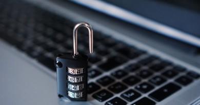 Компютърният вирус продължава да атакува