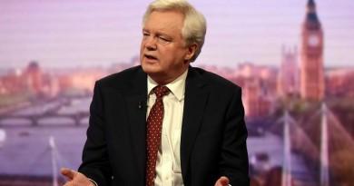 Лондон пришпори ЕС за преговорите по Брекзит