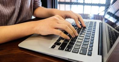НАП прави хартиените удостоверения електронни