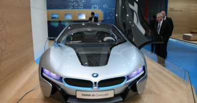 BMW обеща електромобили с пробег от 700 км