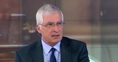Проф. Дуранкев: Заплатите трябва да растат, иначе хората напускат