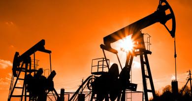 Петролните играчи се втурват в нова надпревара