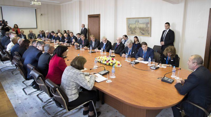 Европа Радев бизнес среща