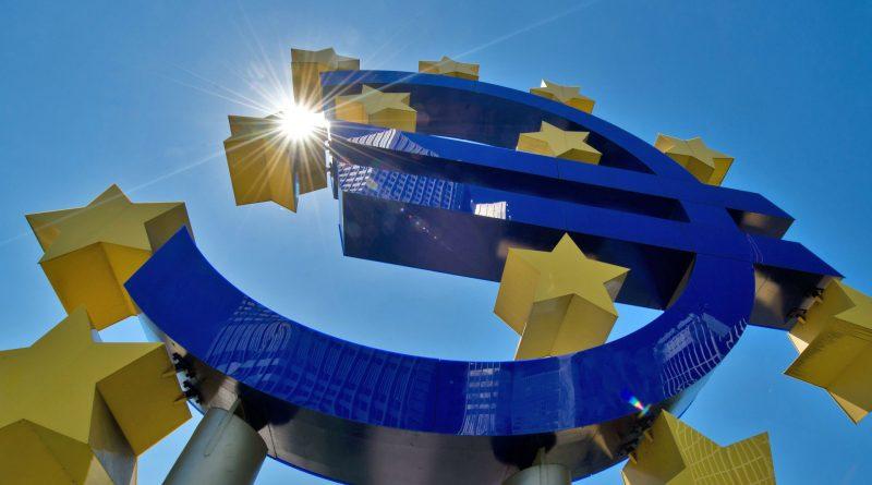 Еврозона месец доверие спад