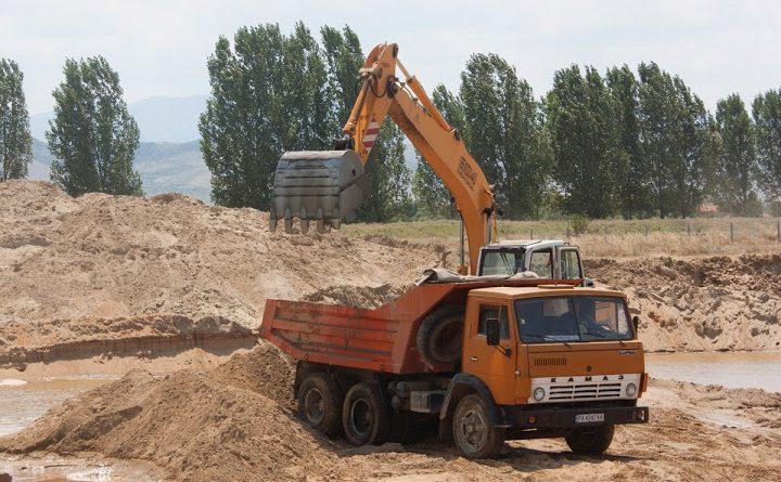 Пясъкът, бетон, цени, опасности