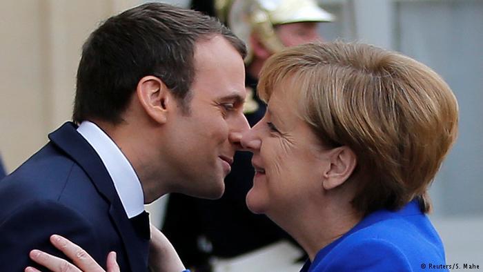 Дълг Франция ръст
