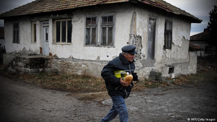 България бедност класиране