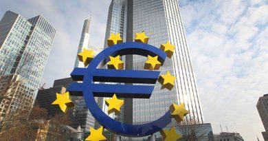 """ЕС ще допуска туристи от 14 """"безопасни страни"""" от 1 юли"""