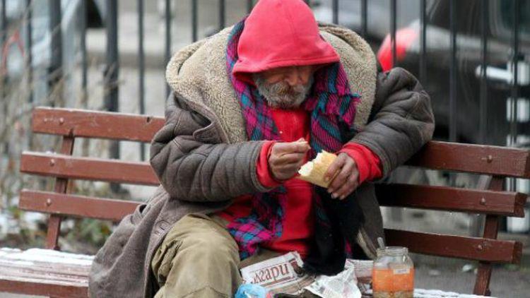 глад, година, мизерия, болести
